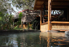 Chinderera Eco Lodge