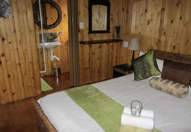 Two Bedroom Cottage (Aloe)