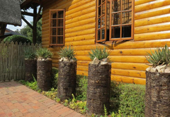 Two Bedroom Cottage (Aloe)