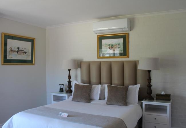 Standard Queen Rooms