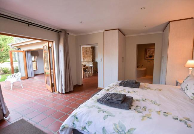 The Studio - Bedroom