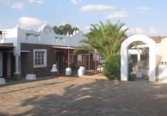 Claus Inn
