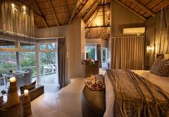 Clifftop Exclusive Safari Lodge