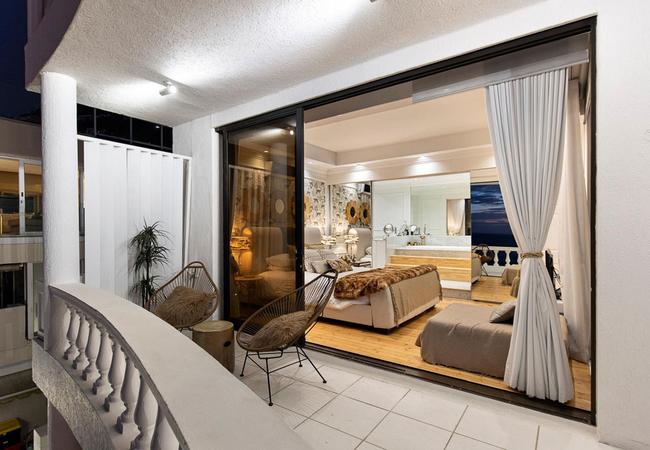 Clifton Beachfront Dream Apartment