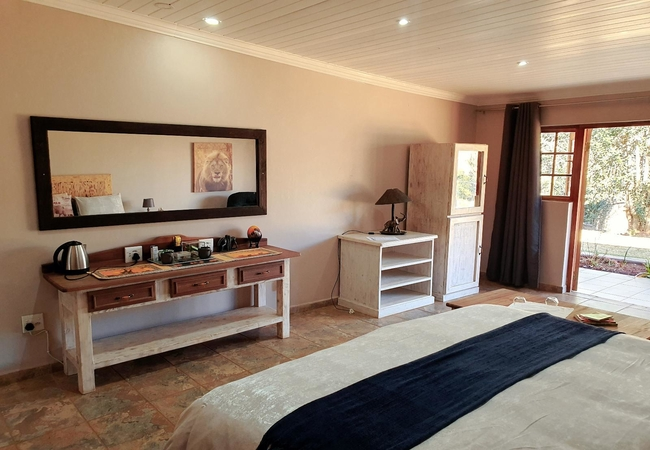 North Lodge Queen Delux Room 5