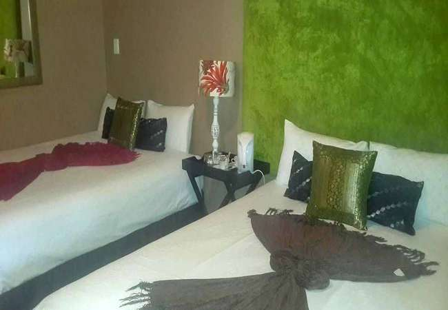 Deluxe Queen Room with Two Beds