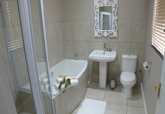Classic Double Room (Bath)
