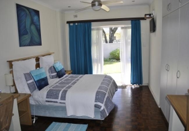 Residence Queen Room