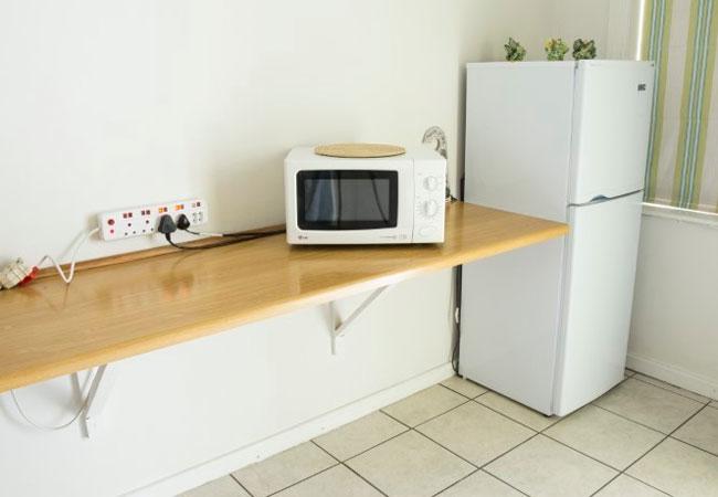 Dove - Kitchen
