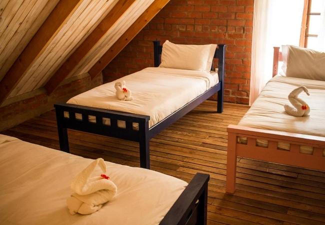 Cottage 4 - Three-Bedroom Cottage