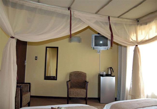 Budget room (Jacaranda)