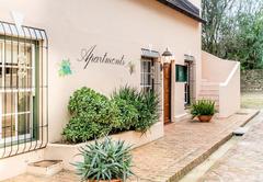 De Leeuwenhof Guest House