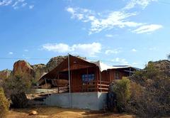 Bokmakierie (Bedouin Glamping Cabin)