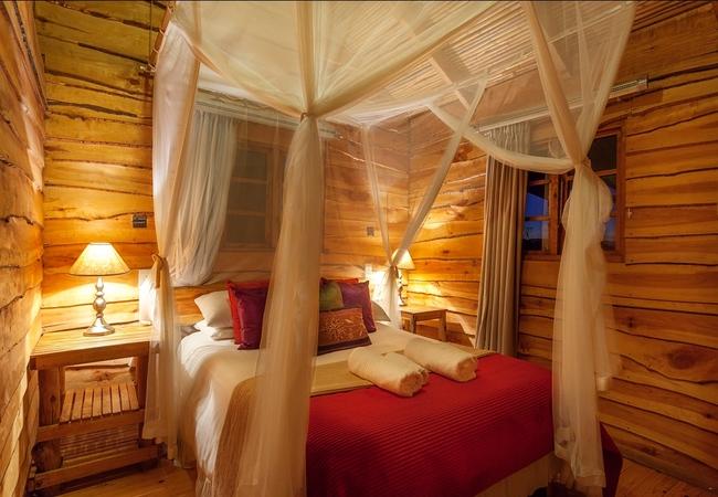 Double Cabins (Sleep 4)