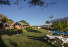 Birder Friendly Lodge in Oudtshoorn