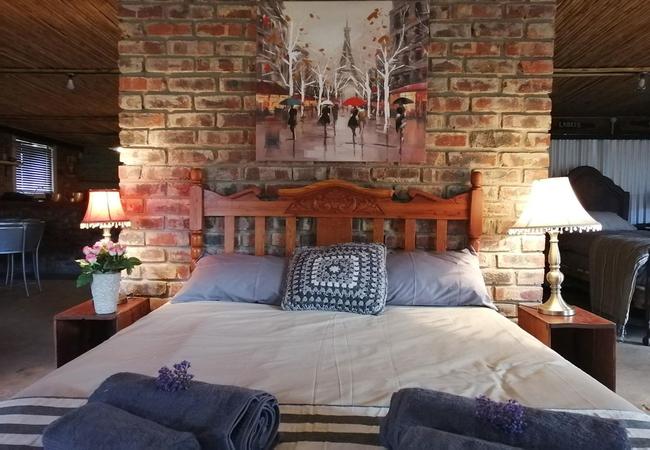 Room 3 - Malva