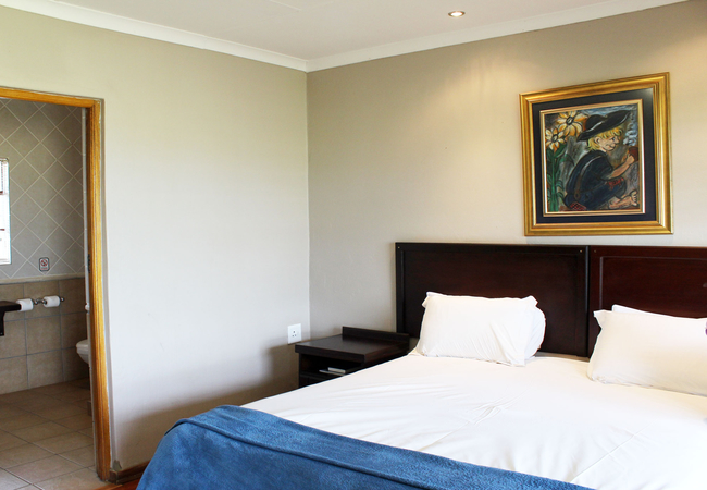 Standard Double Room (Shower only)