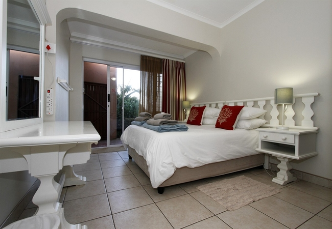 The House bedroom 2