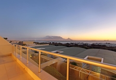 Self Catering in Bloubergstrand