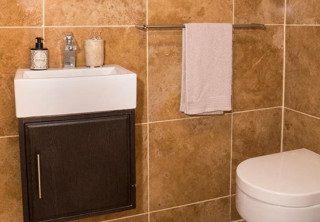 Bathroom 1 - Dusky