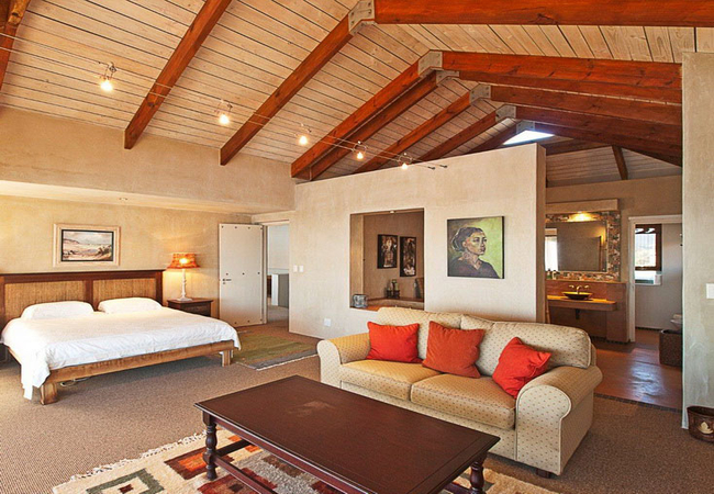 Main Suite with Balcony and Sea View