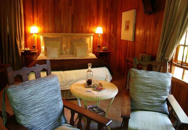 Luxury Log Cabin 1 garden view