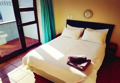 Self Catering in Manaba Beach