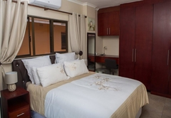 Dyna Guest House