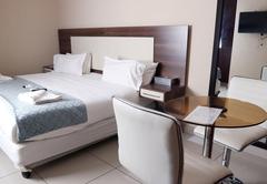 Queen Room - Room Only