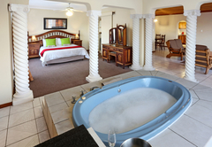 Bridal suite with jacuzzi