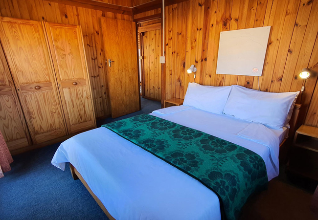 Six Sleeper Cabin
