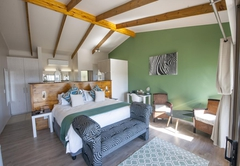 Elephant Hide of Knysna Guest Lodge