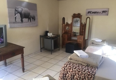 Elephant Lodge Guest House