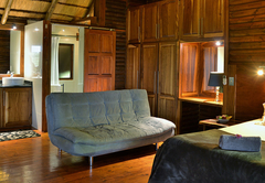 BATELEUR Eagle Luxury Cabin