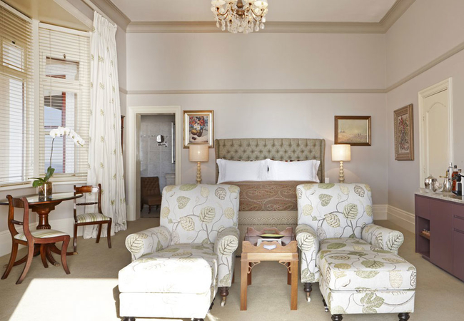 Deluxe House Room