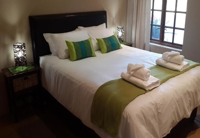 Cottage 2 -Master Bedroom