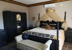 Excalibur Boutique Hotel
