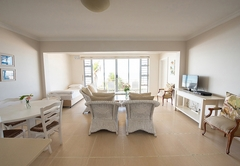 Coral Sands Luxury Apartment