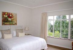 Far Hills Guesthouse