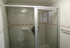 Two Bedroom Studio shower
