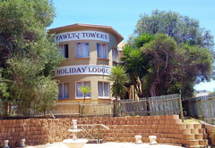 Fawlty Towers Afari Lodge