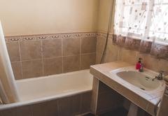 Standard Family Room with bathtub - Room 4
