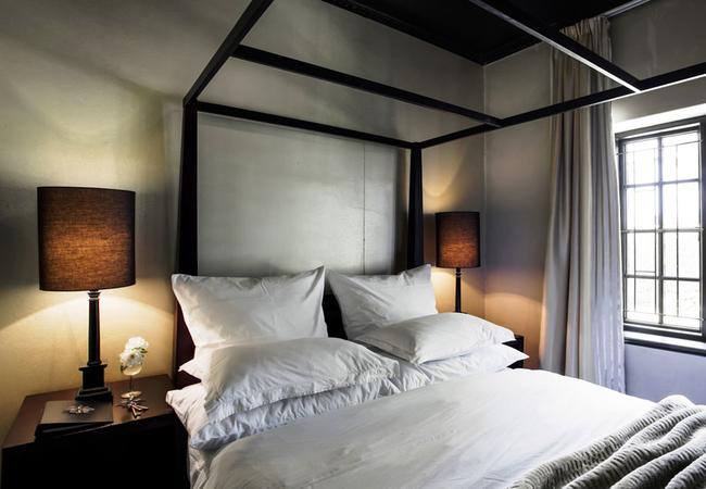 Room 1 - Standard Queen Room