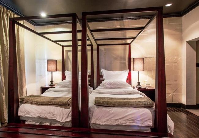 Room 5 - Deluxe Twin