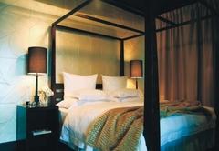 Room 7 - Deluxe King