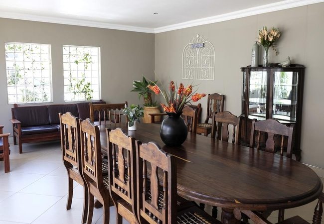 Guest dining area