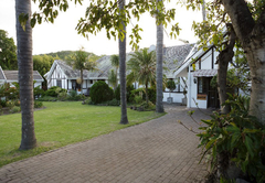 Fish Eagle Manor