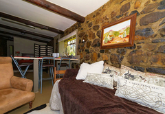 Laughing Duck Stone Cottage