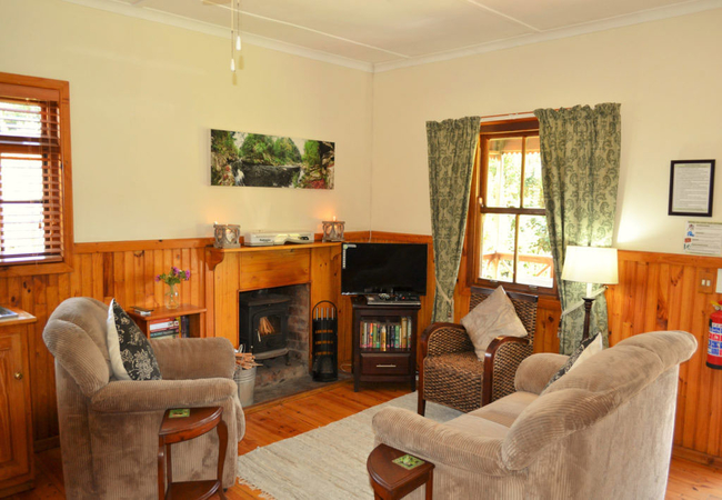 FieldMouse Cottage (Luxury)
