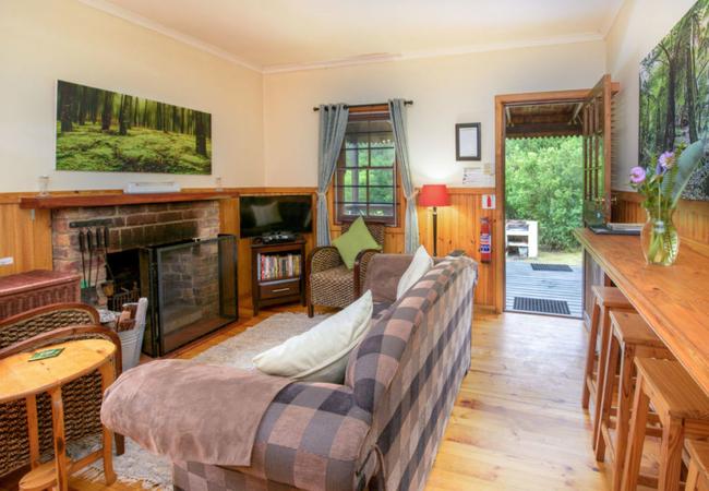 FroggyPond Cottage (Luxury)
